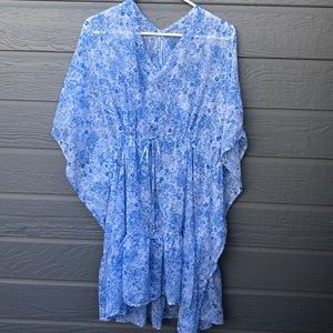 Women's 2X floral flowing sheer tunic